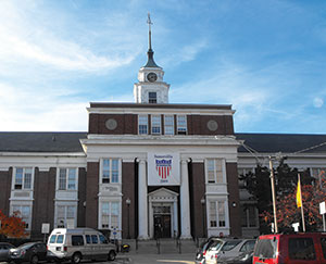 The City of Somerville Board of Aldermen put its final touches to the FY14 budget last Thursday.