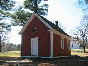 The Redstone School, now in Sudbury, Massachusetts, is believed to be the schoolhouse mentioned in the nursery rhyme,